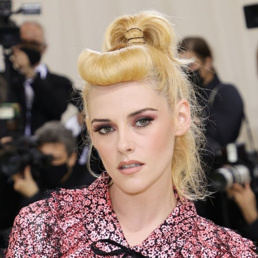 Kristen Stewart Looked Like a Retro Barbie With Pinup Bangs at the Met Gala